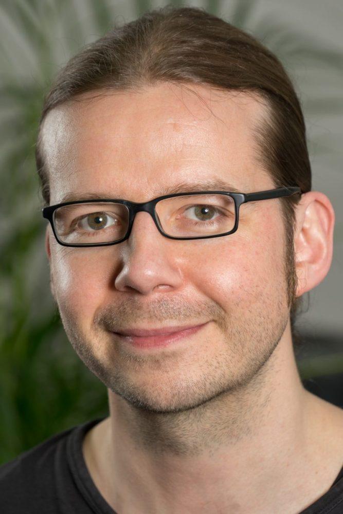 Wolfgang Schütz